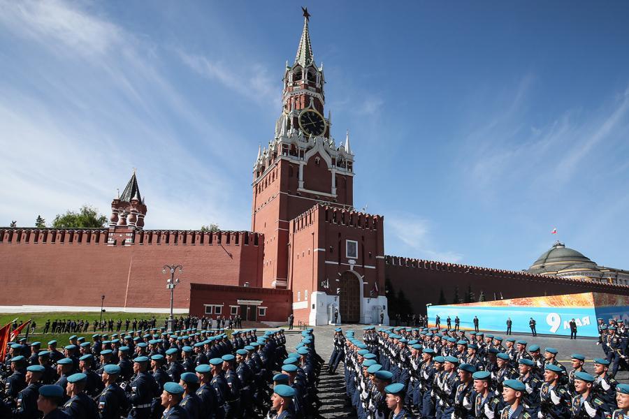 С 76-й годовщиной Великой Победы костромичей поздравили Президент Путин и премьер Мишустин