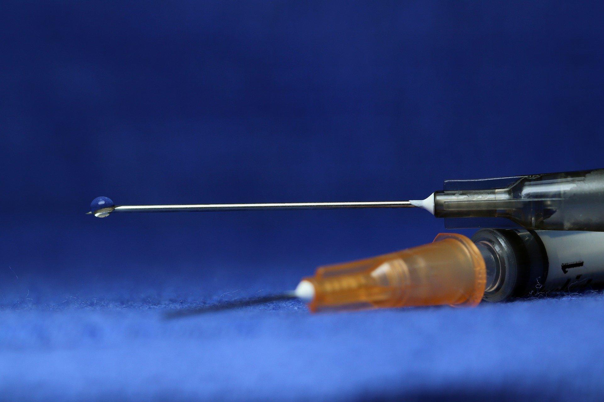 В Роспотребнадзоре назвали сроки вакцинации костромичей, переболевших COVID-19