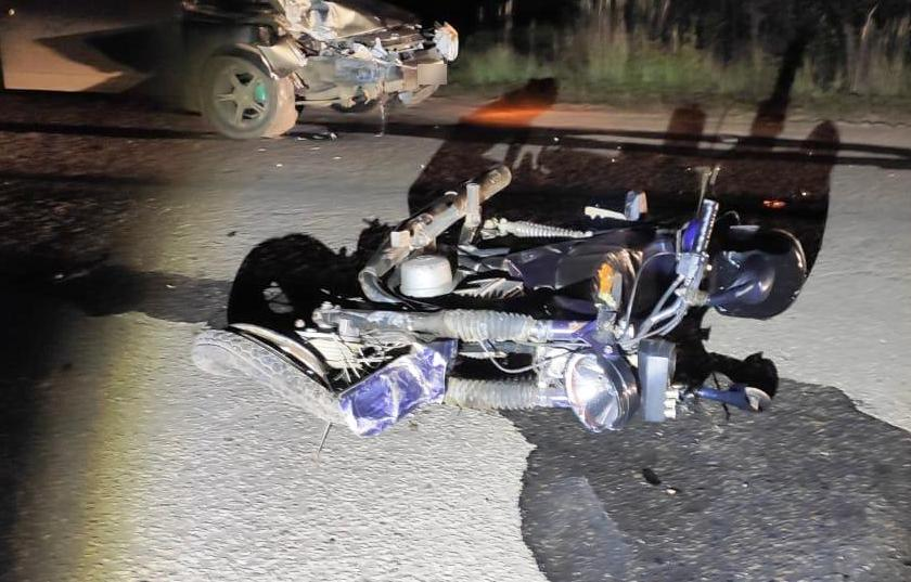 В ночном ДТП в костромском райцентре погиб мотоциклист