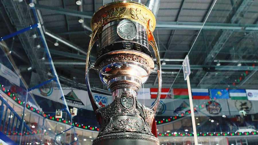Главный хоккейный трофей России приезжает в Кострому