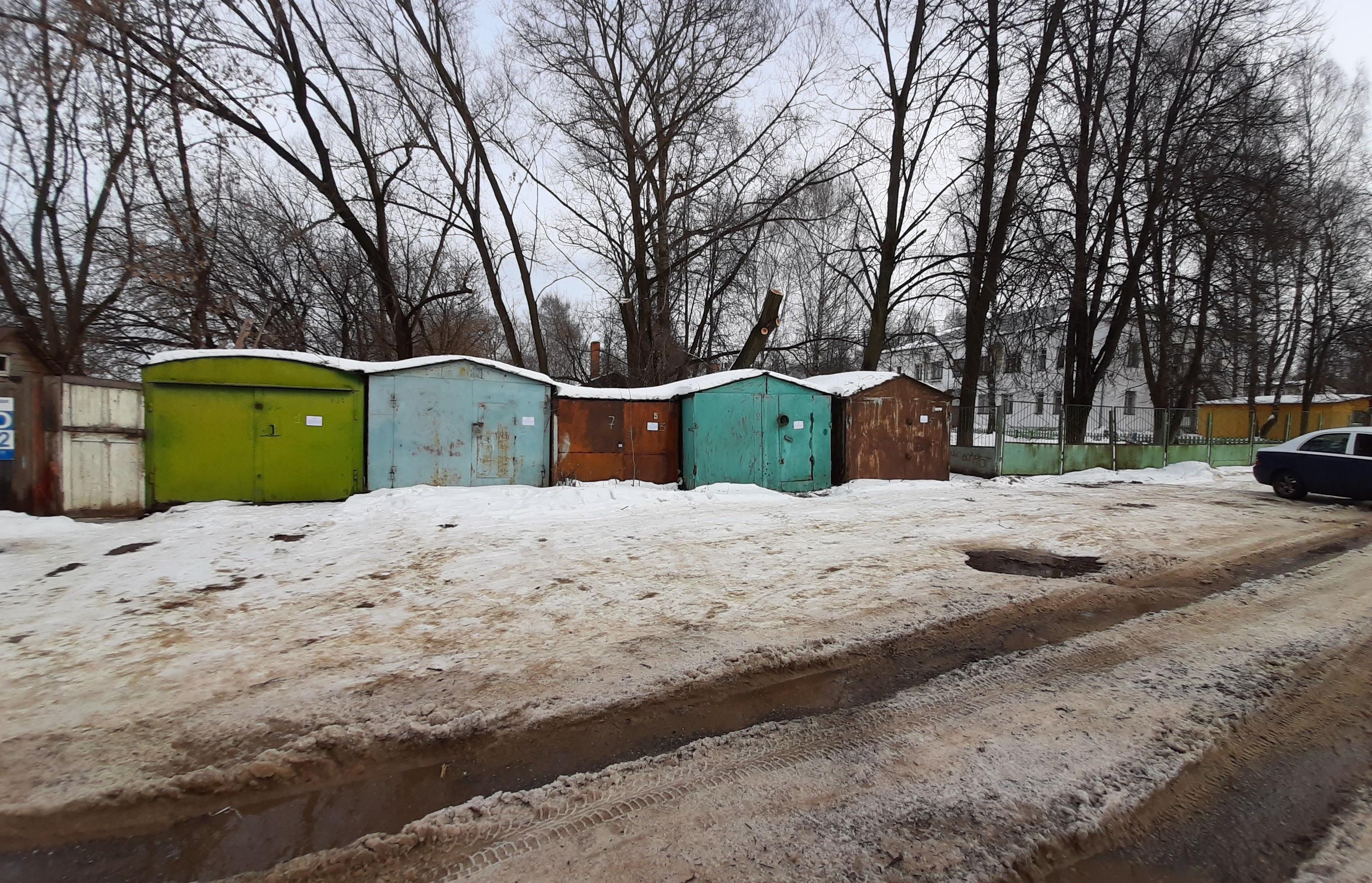 У школ и детсадов Костромы снесут все опасные строения