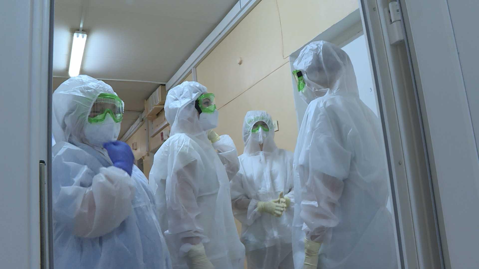Седьмая бригада медиков в Костроме начала брать тесты на коронавирус