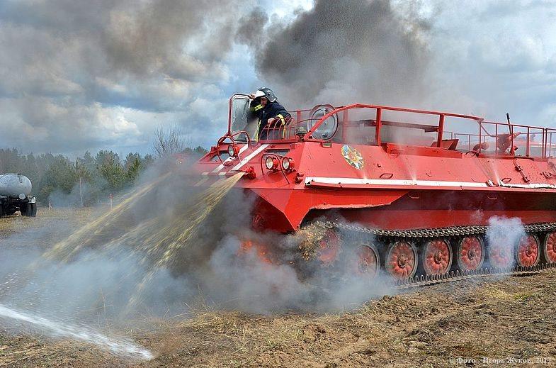 На борьбу с огнем в Костромской области встанет новая лесопожарная техника