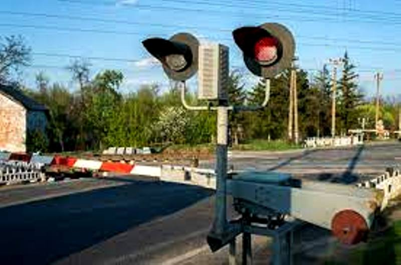 Костромских водителей призывают к осторожности на ж/д переездах