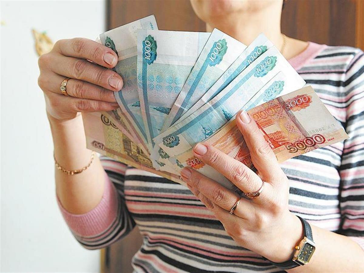 Молодая начальница почтового отделения из-под Костромы не гнушалась деньгами пенсионеров