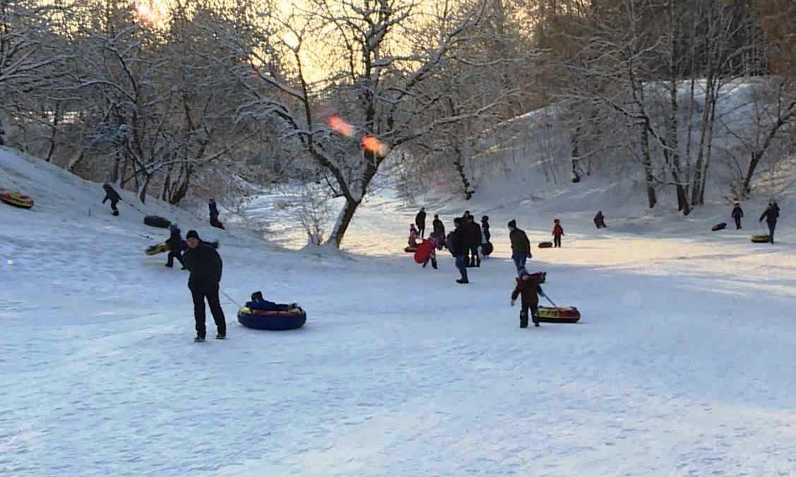 Самую популярную горку Костромы закрыли для зимних «покатушек»