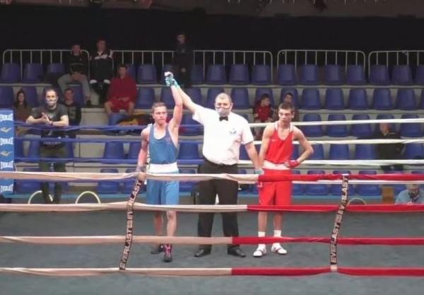 менее часа назад                                                                                                                                                                                                                                                                                               Юный боксёр из Костромы победил на всероссийском турнире                                                                Открытые соревнования общества «Динамо» прошли в городе Суздаль Владимирской области.
