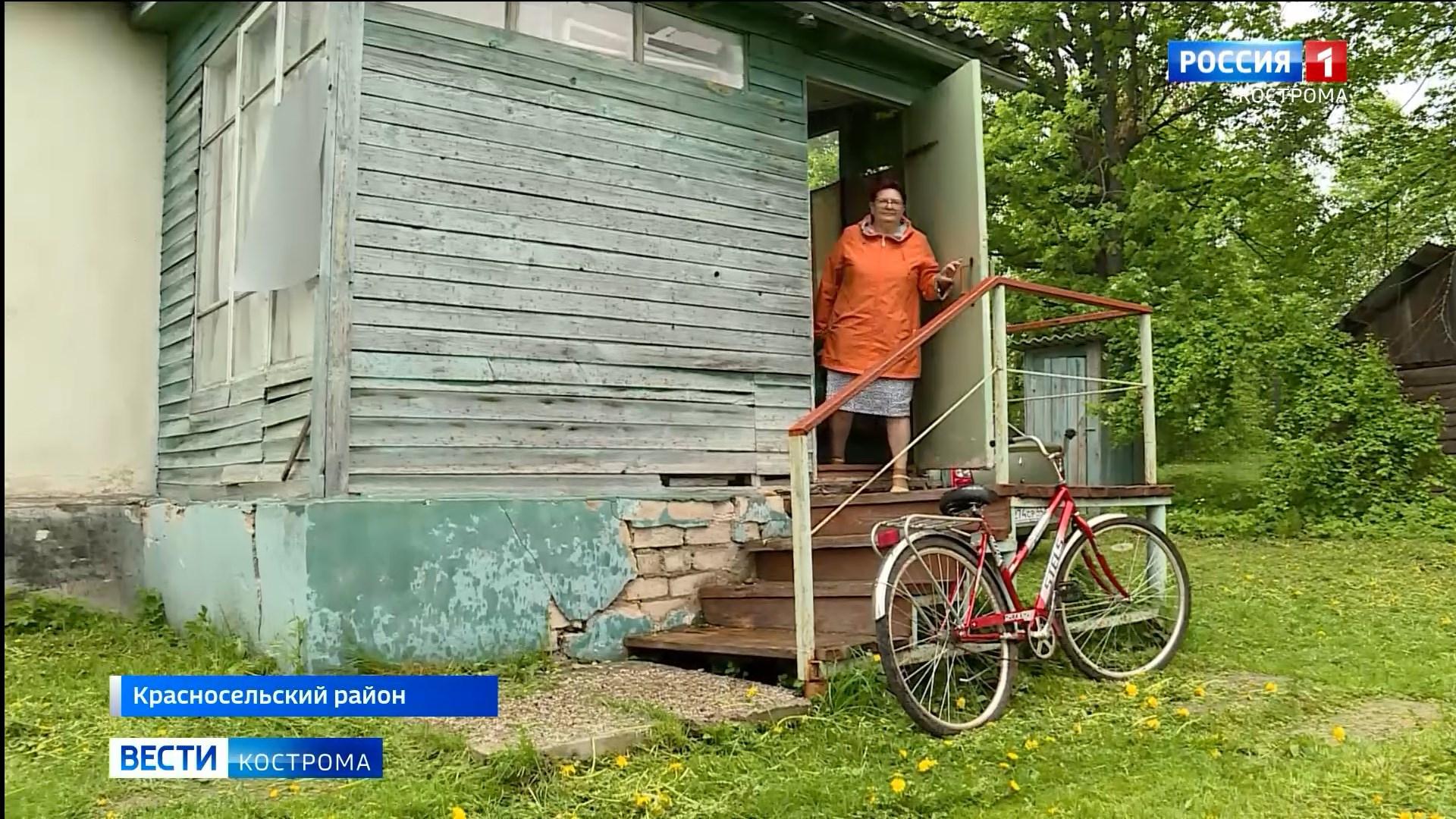 «Скорая» на велосипеде и роды в поле: фельдшер из-под Костромы рассказала о работе медиков в глубинке