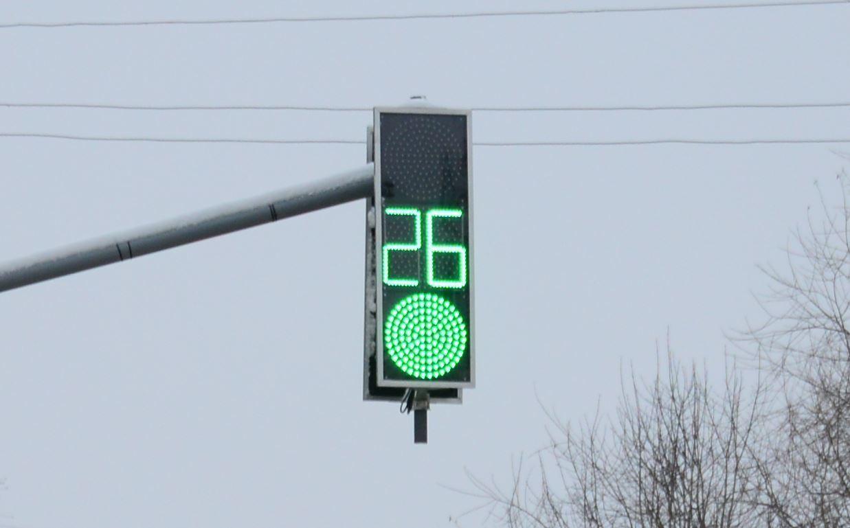 В Костроме установили новый управляемый светофор