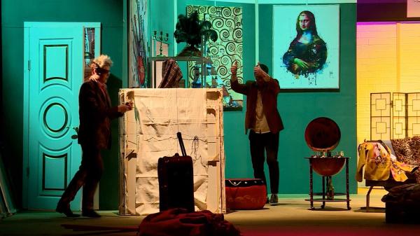 менее часа назад                                                                                                                                                                                                                                                                                               Премьера Костромского драмтеатра проживёт на сцене две жизни                                                                Спектакль – один. Но разные актёрские составы сыграют героев комедии каждый по-своему.