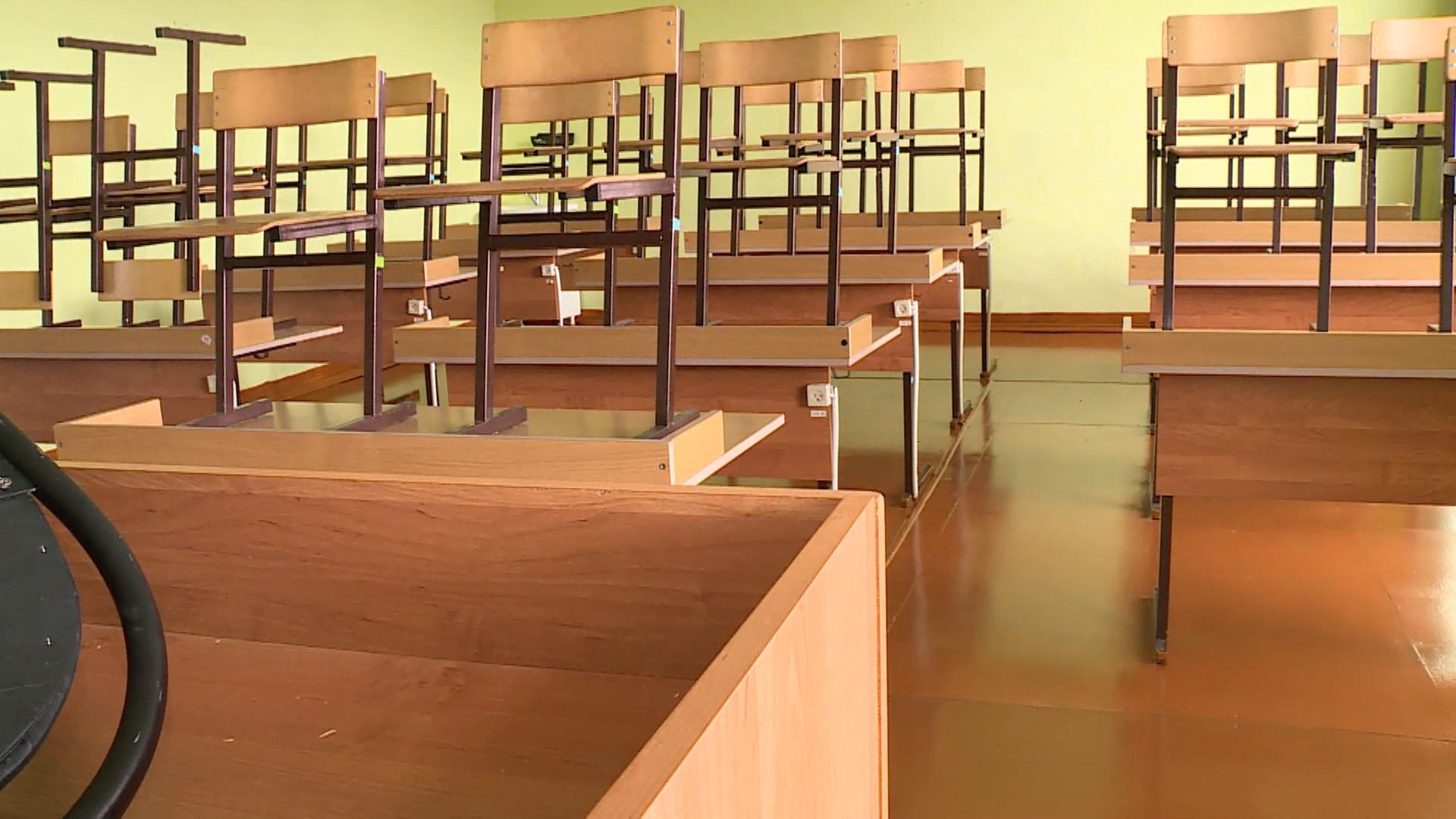 «Контактных» костромских детей будут оставлять дома на карантине