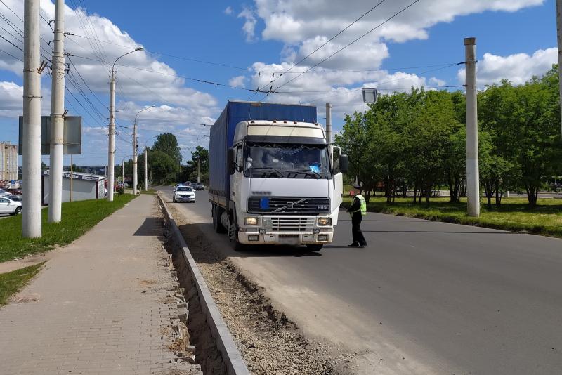 В Костромской области вводятся летние ограничения на движение большегрузных автомобилей