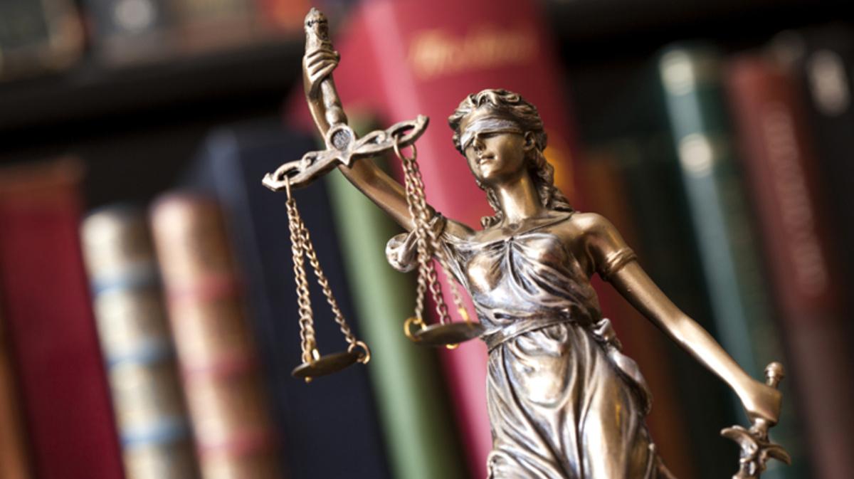 Бывший полицейский заявил в костромском суде о незаконном увольнении