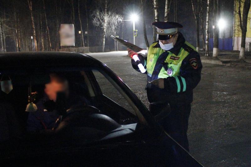 30 пьяных водителей задержали за выходные дни костромские полицейские