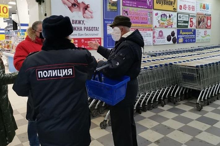 Три кальянные в Костроме чадили в запрещенное время