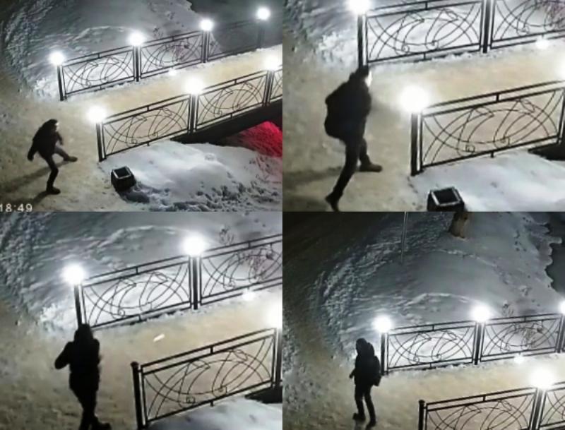 Фонарь в костромском городе-музее вновь пал жертвой вандала
