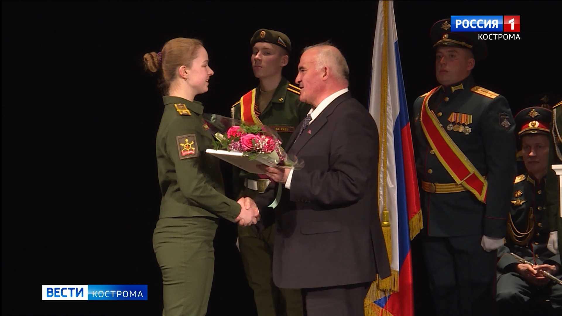 Сергей Ситников поблагодарил военных химиков за мирные подвиги