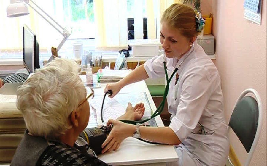 В больницы костромской глубинки планируют привлечь 27 медработников