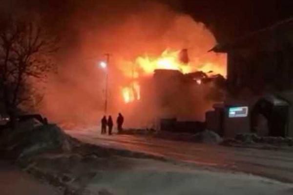 Полицейский из Костромской области помог спасти детей на пожаре