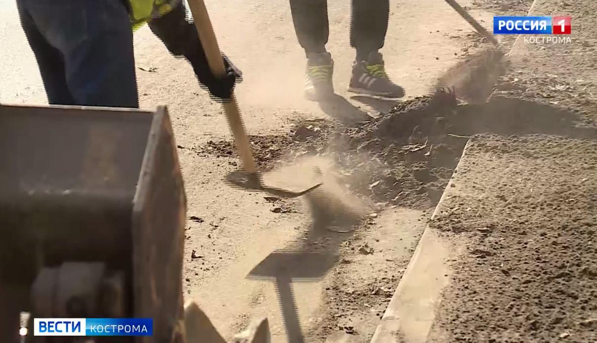 С улиц Костромы за сутки пропали 370 тонн песка и грязи