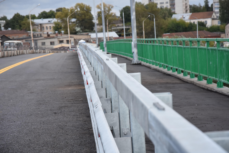 Мост через реку Кострому закроют на ночь для транспорта
