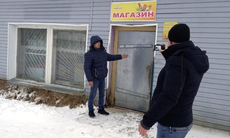 Серийные воры обнесли под Костромой четыре сельских магазина