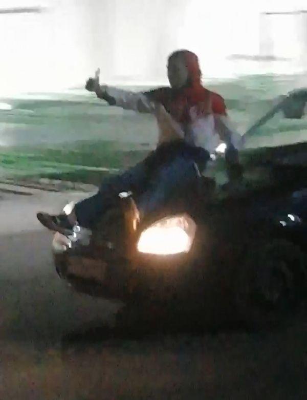 Героями ночных «покатушек» в Костроме заинтересовались полицейские
