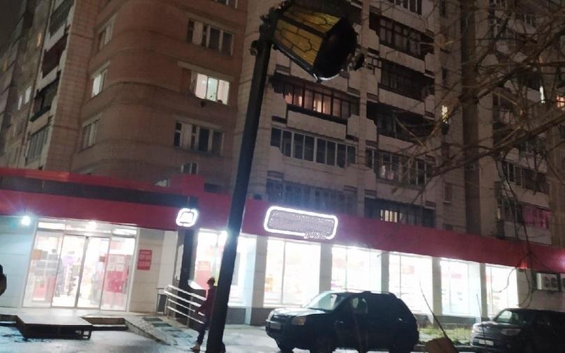 Опасный «пизанский фонарь» в Костроме все-таки снесут