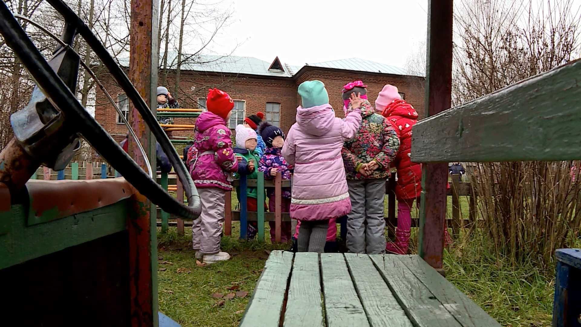 Ограничения в костромских школах и детсадах могут снять уже летом