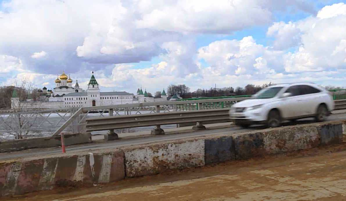 Мост через реку Кострому на ночь закроют для движения