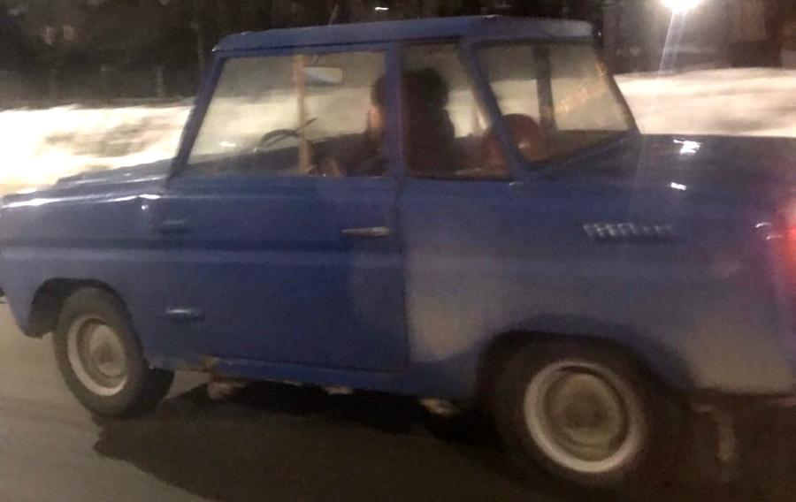 Владельцу «инвалидки» в Костроме помогли добрые попутчики