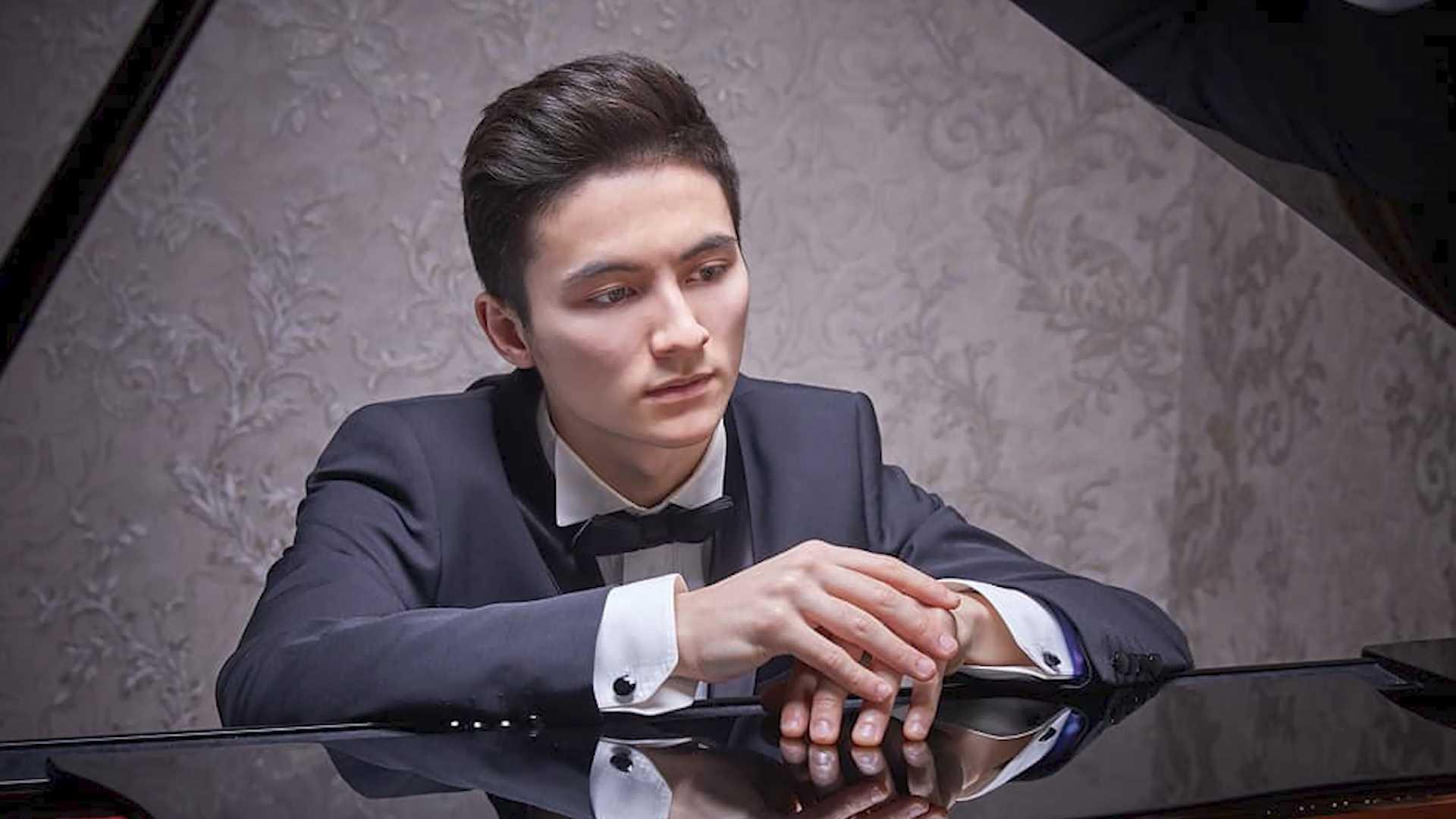 менее часа назад                                                                                                                                                                                                                                                                                               Костромичей приглашают на вечера Бёзендорфер                                                                Приобщиться к классике фортепианного репертуара и познакомиться с новыми исполнителями смогут костромичи в Доме музыки губернского симфонического оркестра.