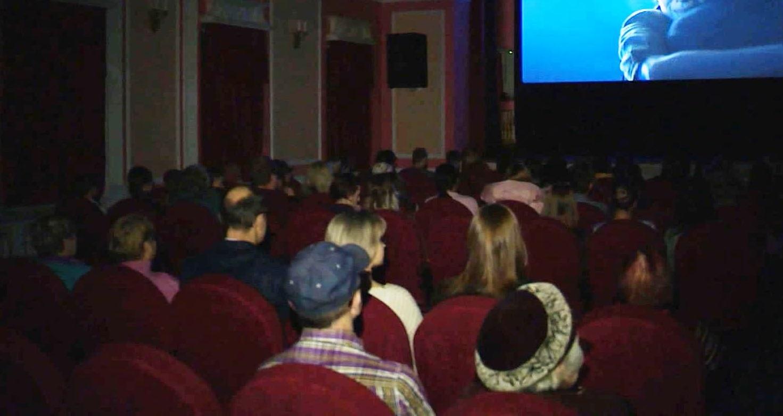 В костромские зрительные залы пустят больше посетителей