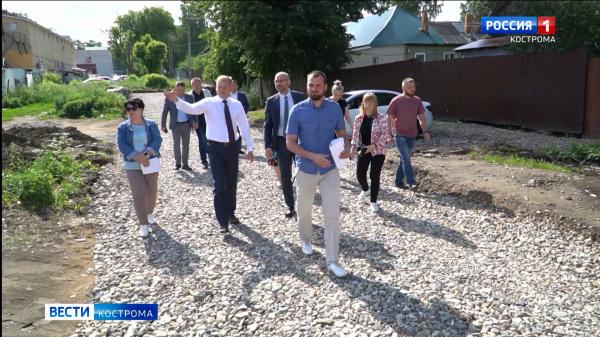 Работы на объектах «Народного бюджета» в Костроме проверили чиновники и депутаты