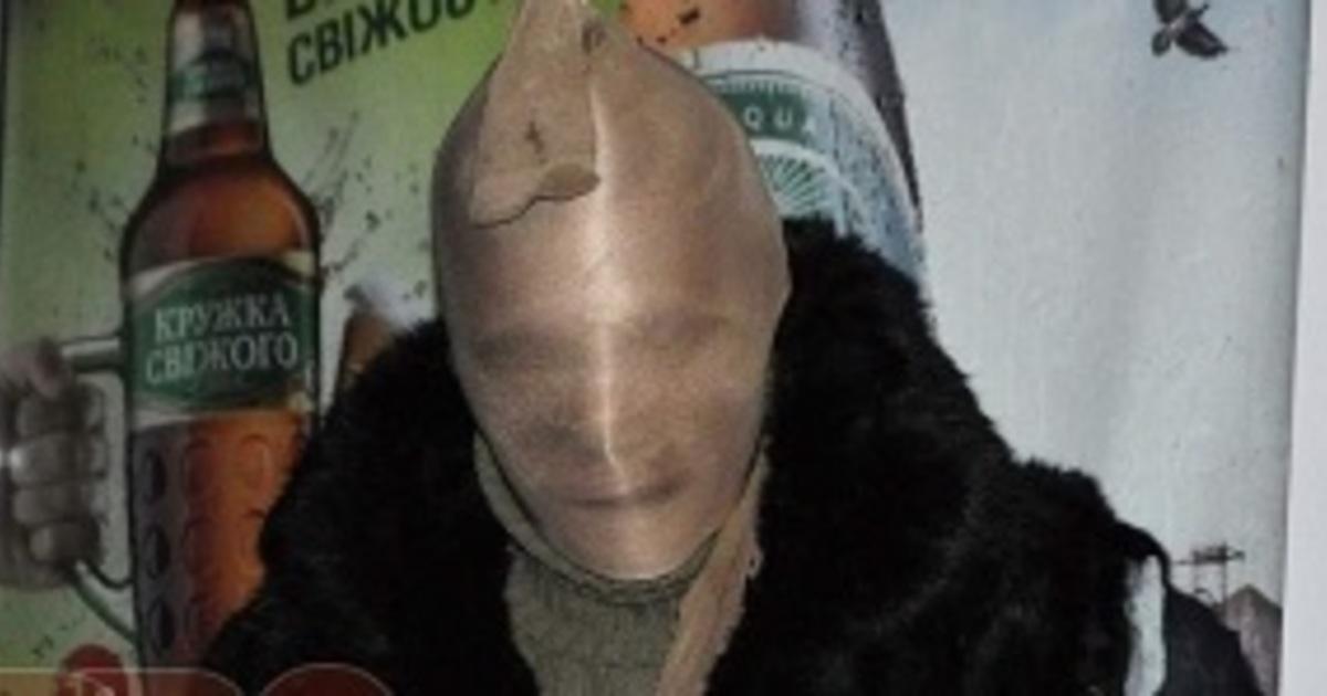Костромич с женским чулком на голове ограбил воронежских пенсионеров