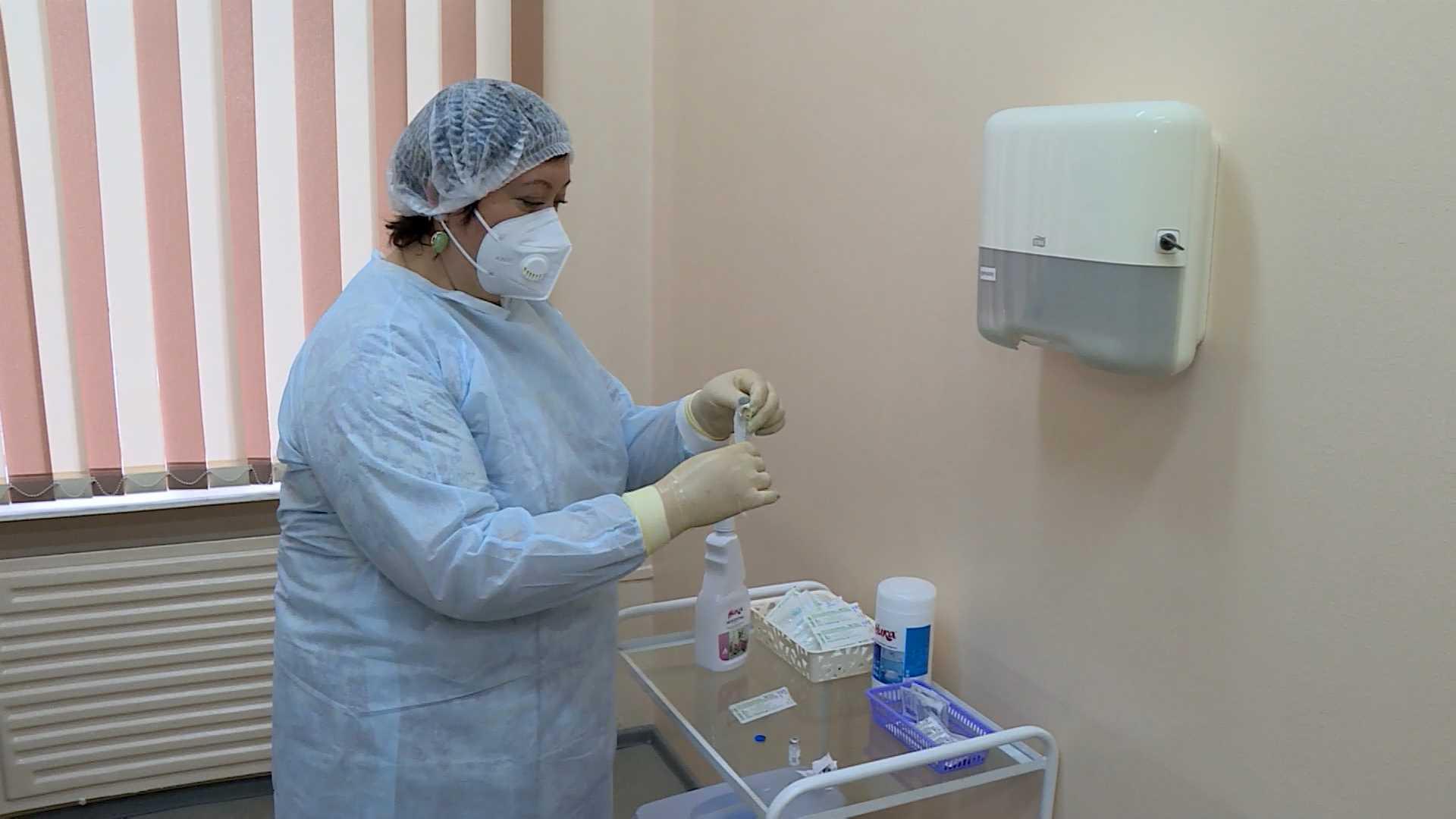 В Костромской области уточнили графики работы прививочных пунктов