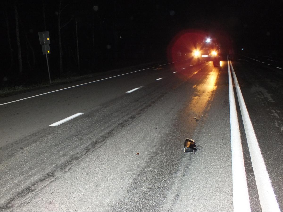 Автомобиль с прицепом переехал пешехода на костромской дороге
