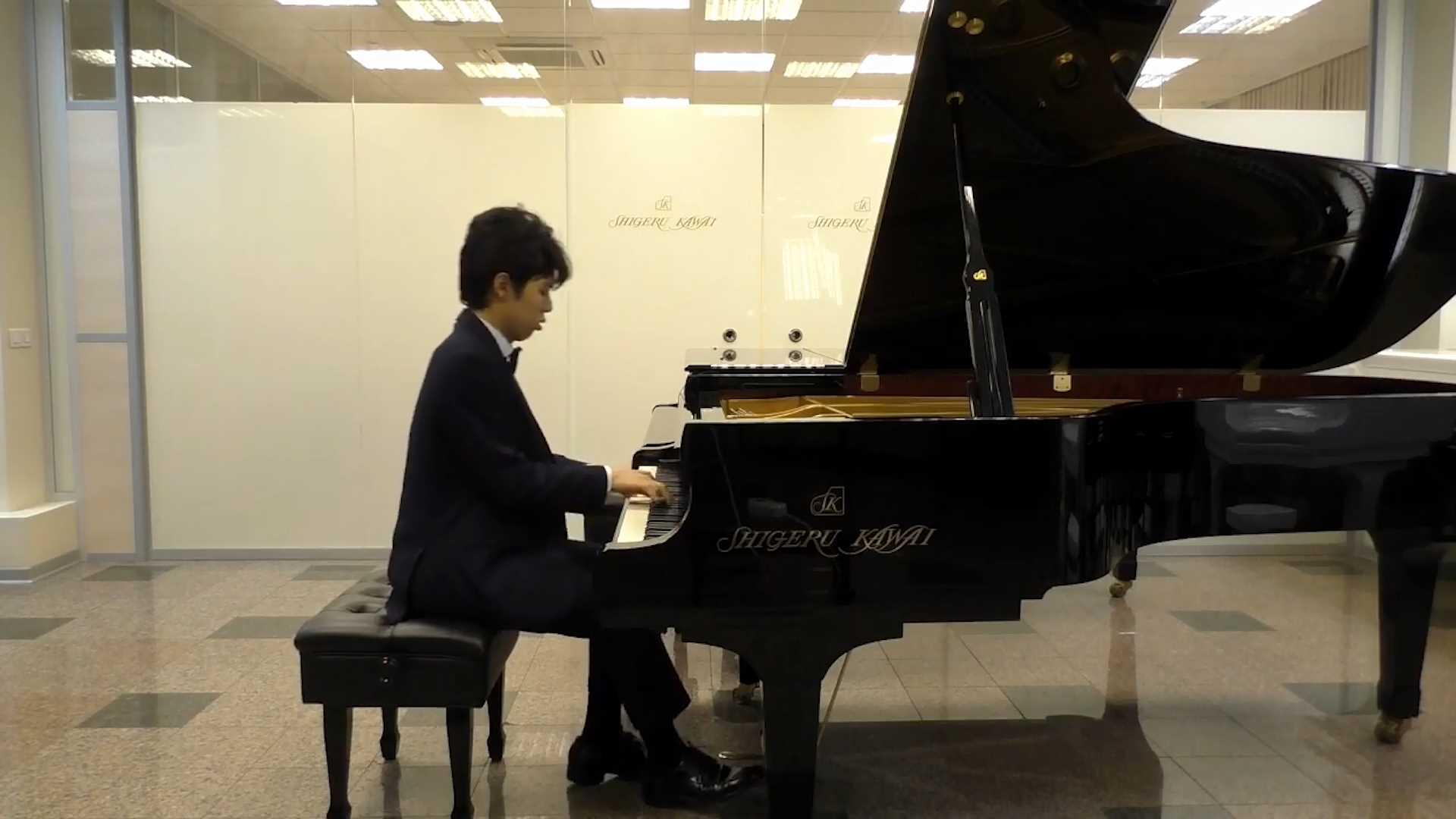 Мощь уникального рояля покажет в Костроме талантливый южнокорейский музыкант Хёк Ли