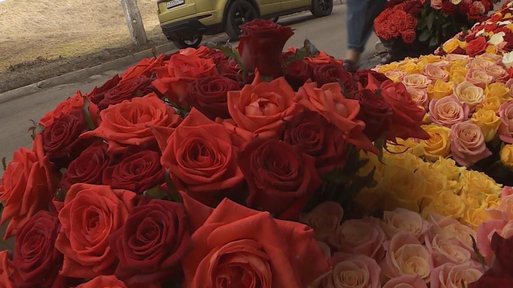 Цветы врачам.mxf_snapshot_00.14.740.jpg