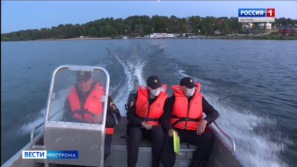 Ночные пляжные патрули в Костроме пресекают пьяные купания