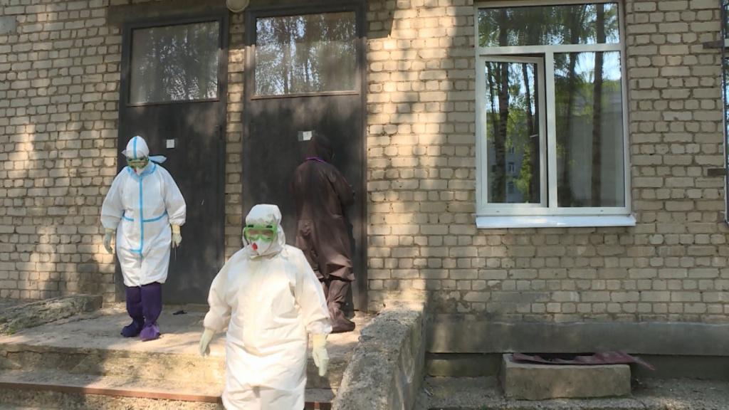 Медики показали, как в Костроме лечат детей с коронавирусом