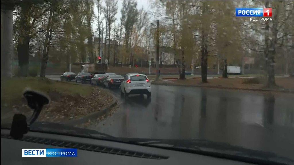 Костромичей пугает новая схема движения возле моста через Волгу