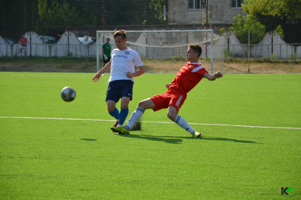 Футболисты-ярцевцы из Костромы вплотную приблизилась к пятерке сильнейших команд дивизиона