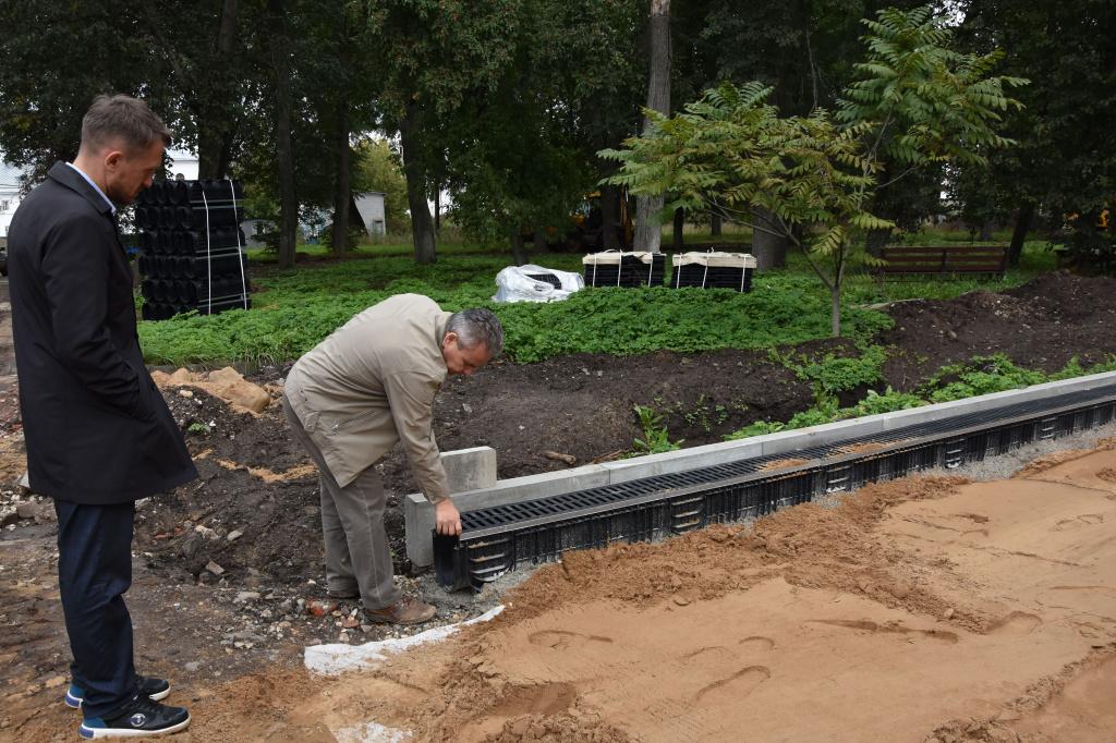 В костромском парке «Центральный» создают новые пешеходные дорожки
